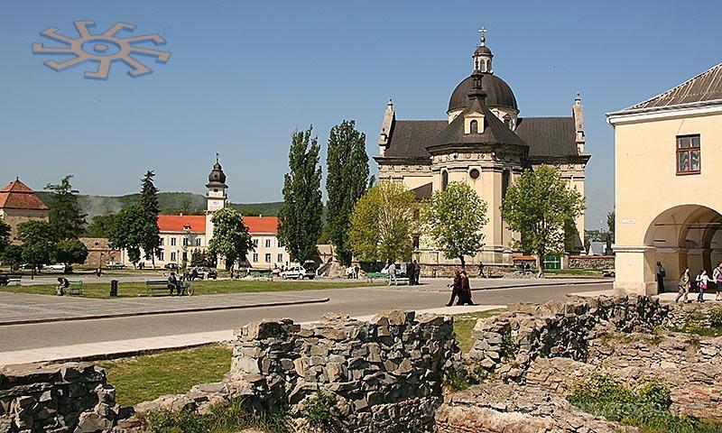 101f16352 Костел св. Лаврентия в Жолкве около Львова